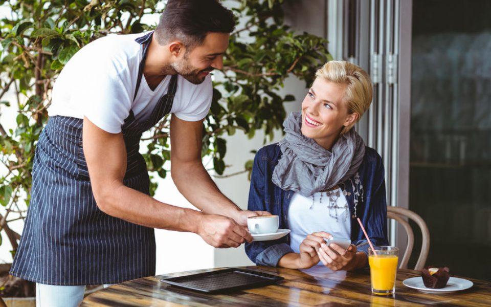 Kelner Mistrzem Gościnności - jak budować relacje i wyprzedzać potrzeby Gości